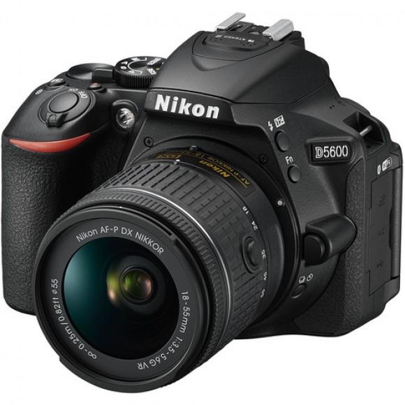 Nikon D5600 with AF-P DX NIKKOR with 18-55mm f/3.5-5.6 G VR Lens with €100 Cashback Available